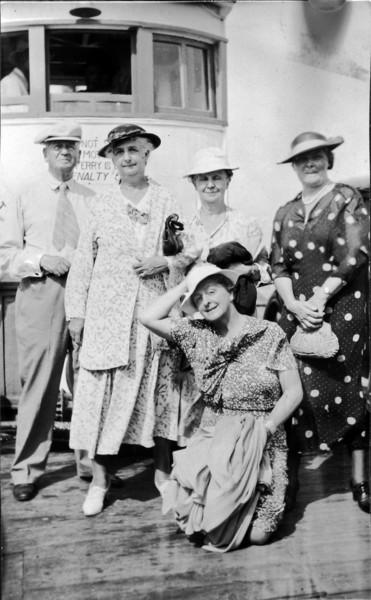 Mrs Stiendorf & Anna B Stebbins & Mrs Stirling & Marie W & AC Stebbins on ferryboat to  Sanibal Island Fla Spring 1937