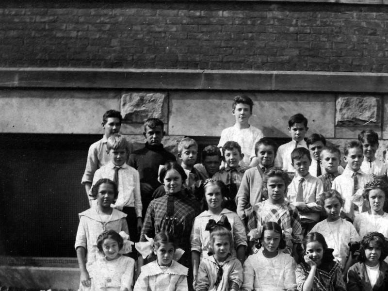 DSCN3242 C Rowland Stebbins last row, third from left 5th & 6th grade Townsend Street School October 1913