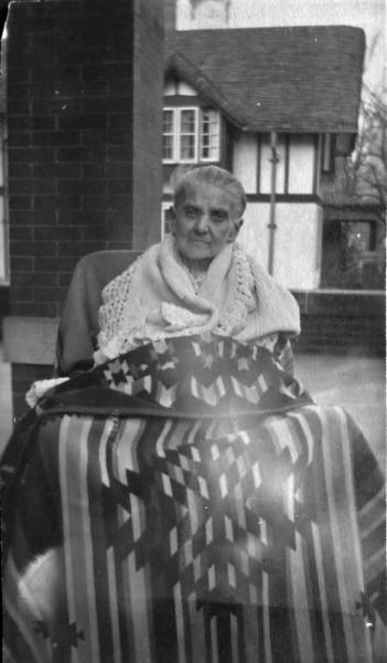 DSCN3318 Mrs John Burgoyne nee --lia Antionette Foote taken 1918 at 109 N Walnut St Lansing Mi