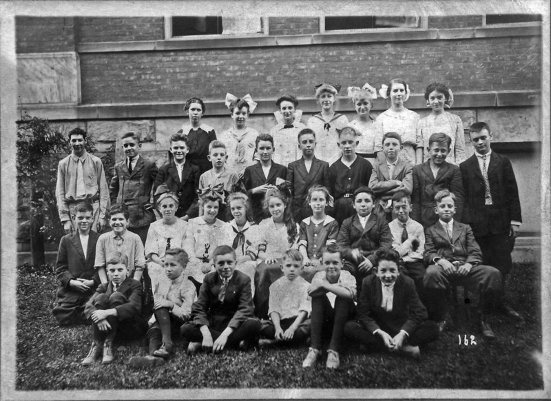 DSCN3347 C Rowland Stebbins 2nd row first from right