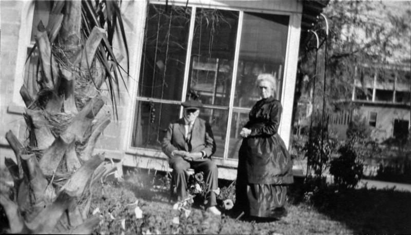 DSCN3365 Col & Mrs George Foote at Orlando Fl Feb 15 1919