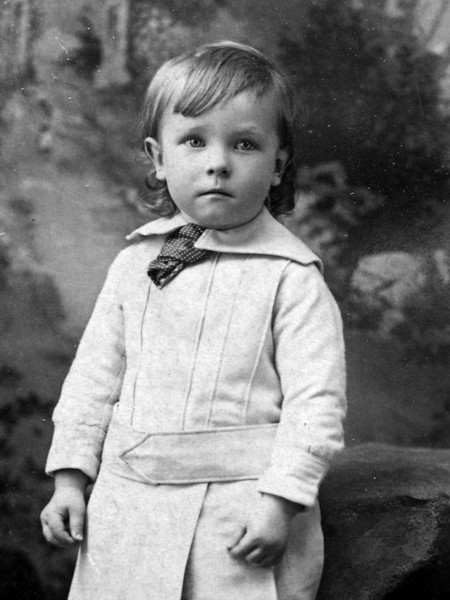 Stowell C Stebbins age 2 yrs 9 months 29 April 1889 cropped