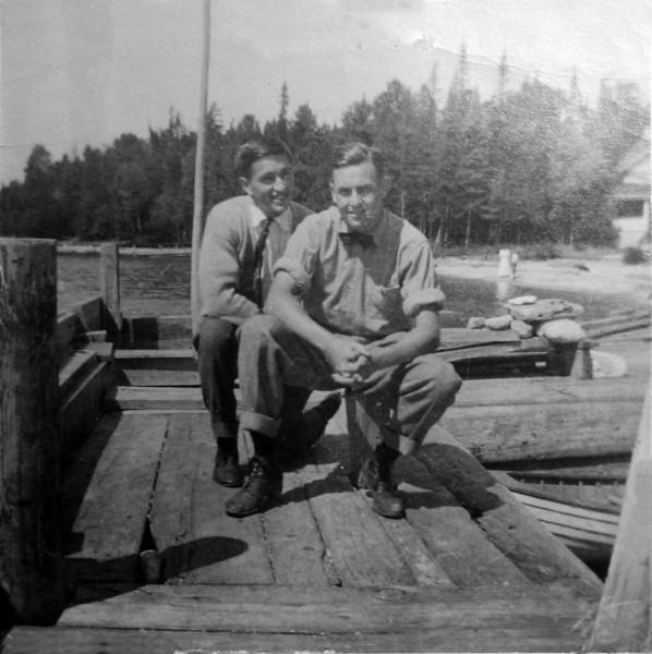 DSCN2915 Don Olds & Stowell on Pattengill dock 1909 Roaring Brook