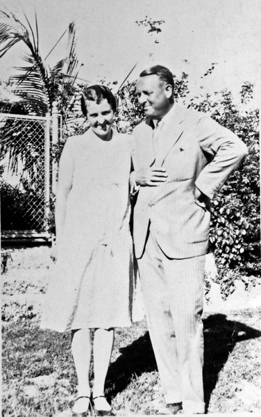 DSCN2925 Olive Laurence & Stowell Stebbins - Jan 1931