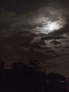 Månenatt / Moon Night<br /> Madeira, Portugal 1.7.2018<br /> Canon 5D Mark IV + EF 100-400mm f/4.5-5.6L IS II USM