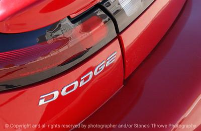015-dodge_avenger_detail-wdsm-19oct03-a