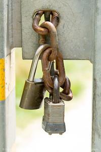 015-padlock-wdsm-24jun17-12x18-0049811