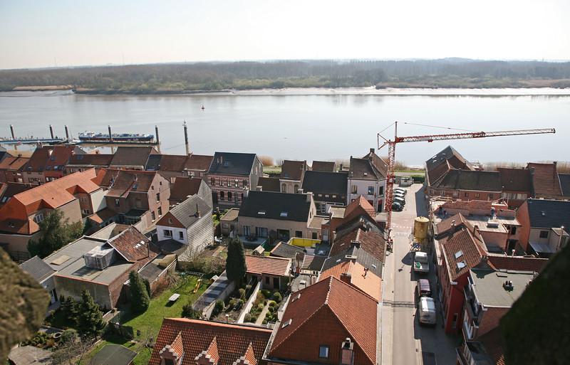 Steendorp vanop de kerktoren - Gelaagstraat, Lepelstraat en Schelde