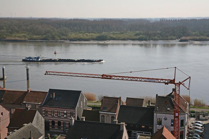 Steendorp vanop de kerktoren - Lepelstraat en Schelde