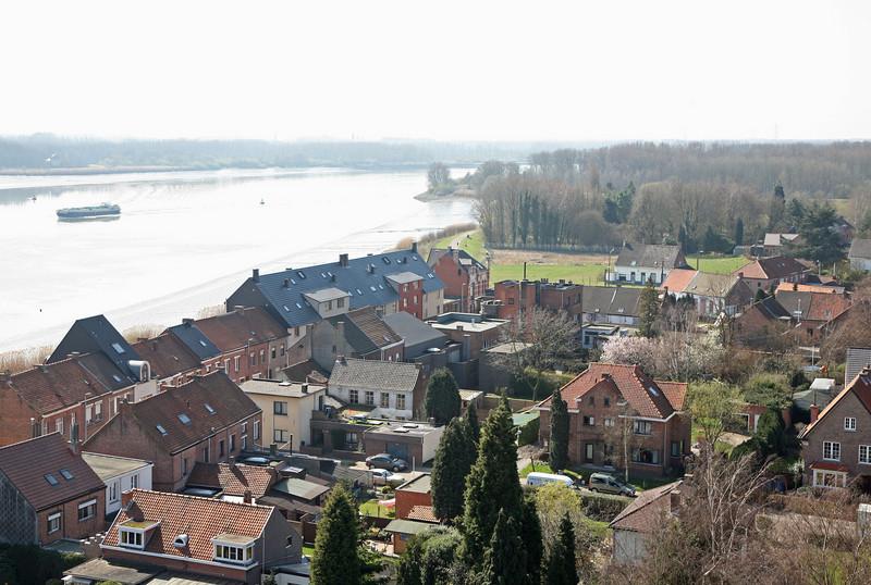 Steendorp vanop de kerktoren - Warandestraat en Schelde richting Temse