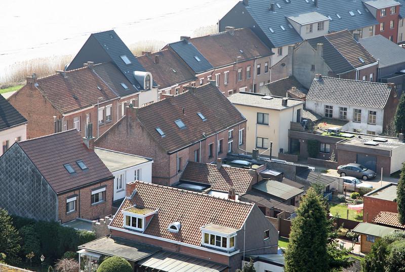 Steendorp vanop de kerktoren - Warandestraat