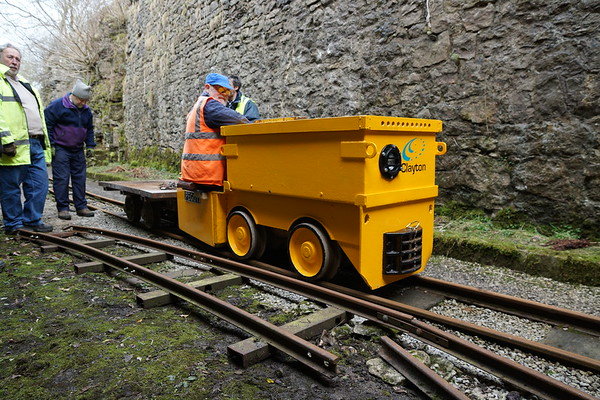 Battery Powered Electric Locomotives