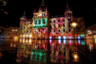 Rathaus mit Adventbeleuchtung