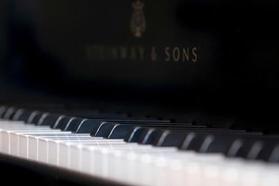Keyboard close-up of a Steinway B