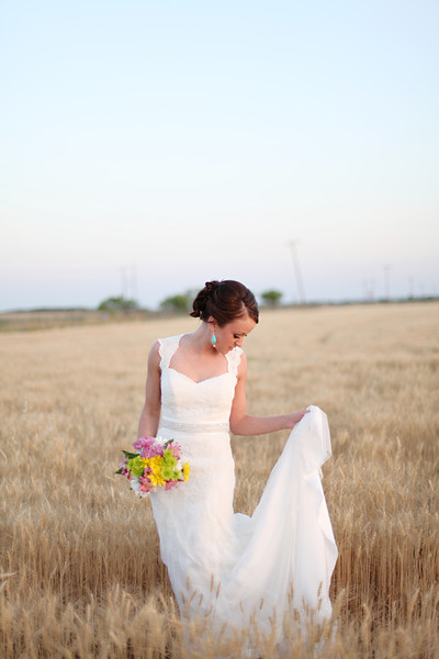 Styled Bridal Shoot Lace Wedding Dress130