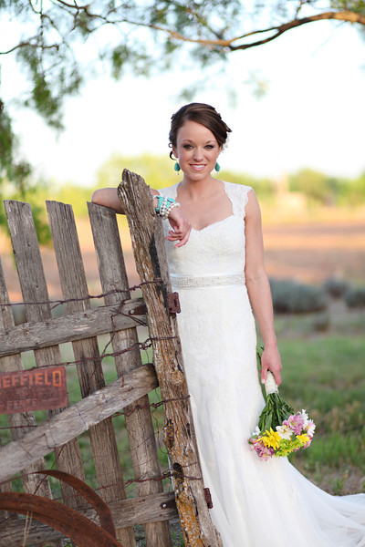 Styled Bridal Shoot Lace Wedding Dress115