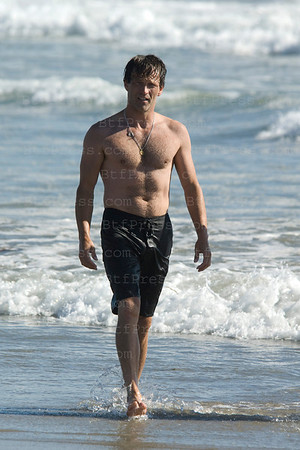 Stephen Moyer just married with Anna Paquin on Saturday August 21,  the day after Stepen celebrate in the Pacific Ocean with his friend and family in Venice California.