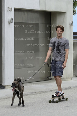 "Stephen Moyer from "" True Blood "" and daughter Liliac with dog on skateboard in Venice,California"