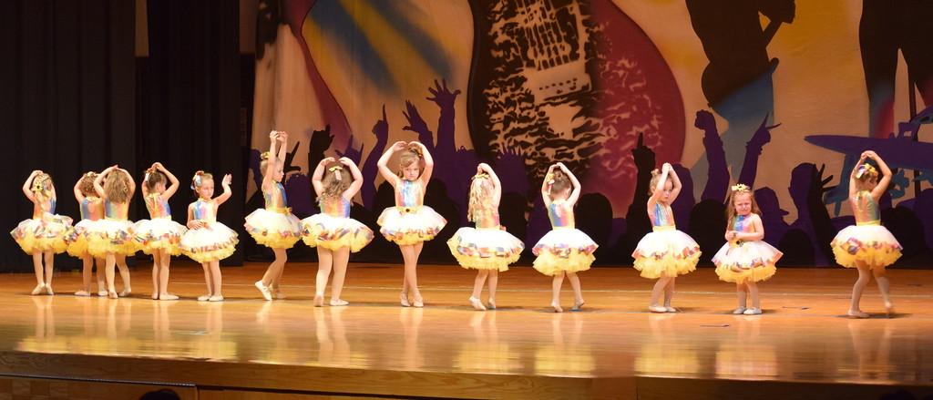 ". Albey Wisdom, Piper Swan, Reni Blecha, Ilaria Raffaeli, Harper Lutz, Arabella Hamner, Kamryn Rossen, Kaitlynn Brandau, Adalyn Sonnenberg, Quincey Lehmkuhl, Harper Roberts, Riley Workman and Brennyn Kailey dance to \""What a Wonderful World\"" during Durante\'s Dance Studio\'s \""Dancing to the 80\'s \"" recital Saturday, June 9, 2018."