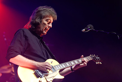 Steve Hackett live at Royal Oak Music Theatre on 3-1-17