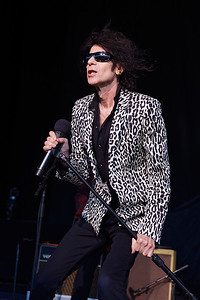 Peter Wolf and The Midnight Travelers at DTE on 06-24-2016.  Photo credit: Ken Settle