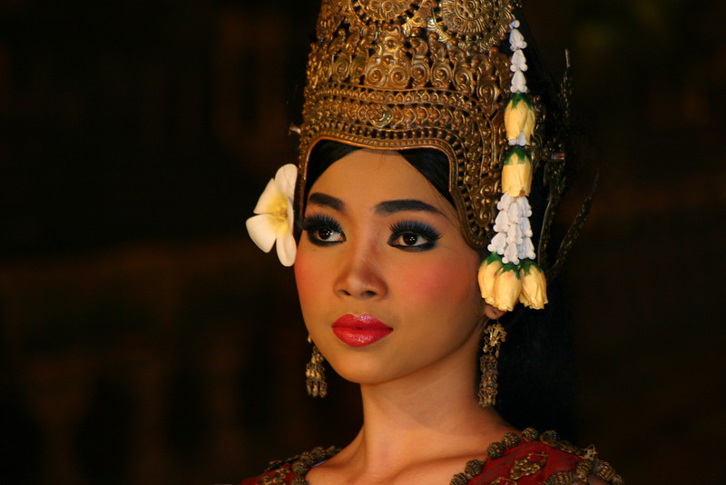 Apsara dancer at Angkor Mondial Restaurant.   Wow.