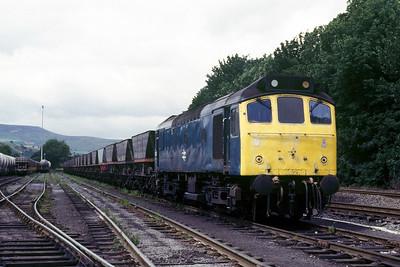 Class 25 No 25315 at Earles Sidings