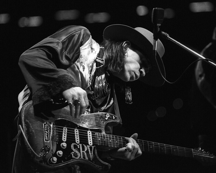 SAN FRANCISCO, CA-OCTOBER 9: Stevie Ray Vaughan performs at a private show for the sailors during U.S. Navy fleet week at Pier 32 in San Francisco on October 9, 1985. (Photo by Clayton Call/Redferns)