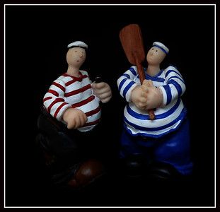 coppia di marinai in cera, ricordo di Cancale (Normandia)