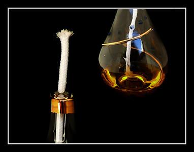 piccola ampolla con lume ad olio