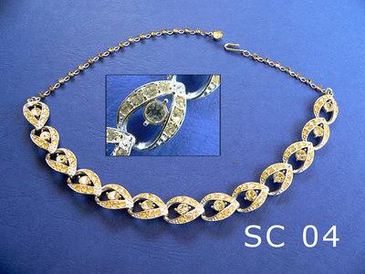 SARAH COVENTRY girocollo regolabile siglato SARAH COV in uno degli elementi centrali metallo color argente e strass trasparenti