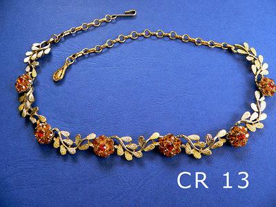 CORO giricollo regolabile firmato al gancio di chiusura metallo color oro e strass color arancio