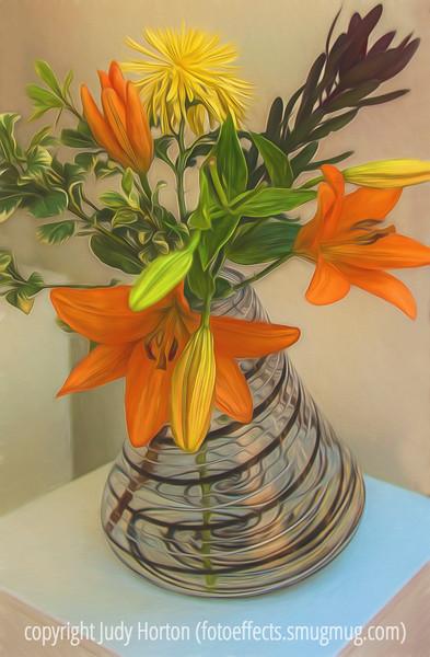 Glass Wobble Vase & Bouquet