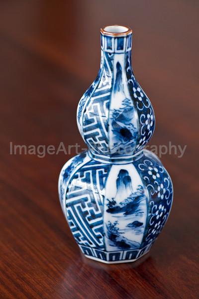 Japanese Imari porcelain sake bottle