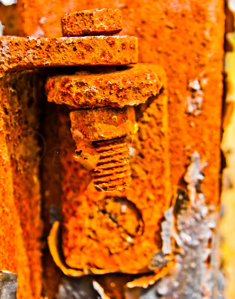 Rust un-hinged!
