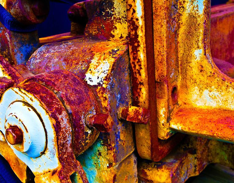 Ancient Metal Break Detail