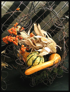 SL-V-0014-20 Autumn Wire Basket