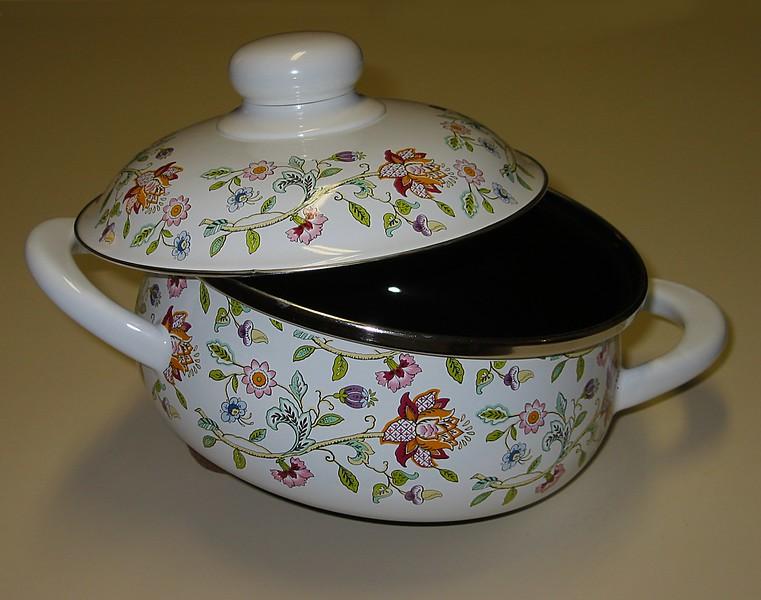 New German Minton brand Prinz style ceramic pot