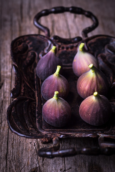 Rustic figs