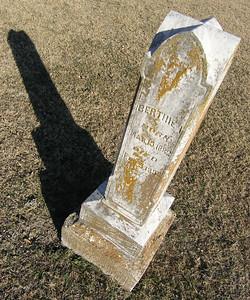 Gravestone, Highland Cemetery