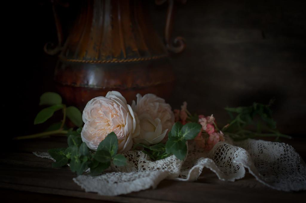 Urn & Roses