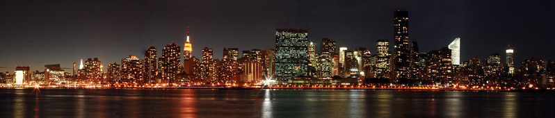 PANORAMIC VUE OF THE EAST SIDE OF MANHATTAN FROM LIC