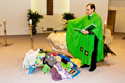 20140209 Stitch and Prayer-8203