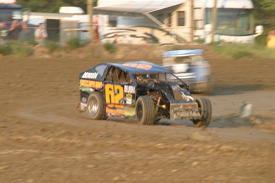 August 7, 2010 Redbud's Pit Shots Delaware International Speedway Late Model Twin 20's Night