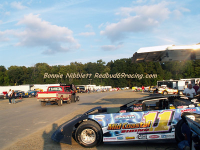 Delaware International Speedway Redbud's Pit Shots Sept. 22, 2007