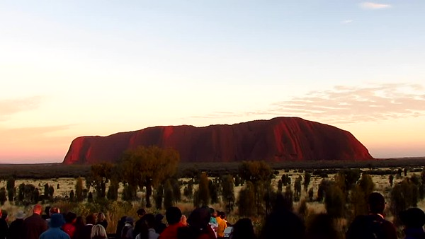 Time Lapse of Uluru, Austraila Sun Rise