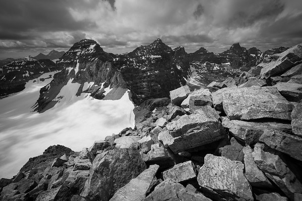 Mt Bowlen summit black and white.