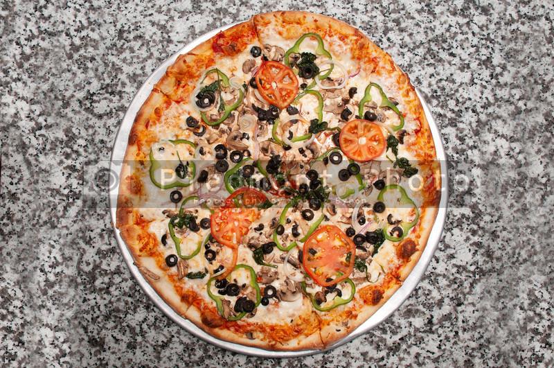 VeggiePizza_9k78h76gt5f5
