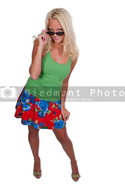 A beautiful woman wearing a pair of sunglasses
