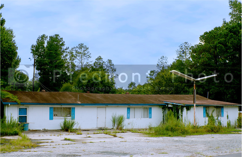 An abandoned travel lodge on an old American highway